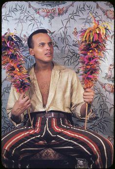 Harry Belafonte (b. 03/01/1927)