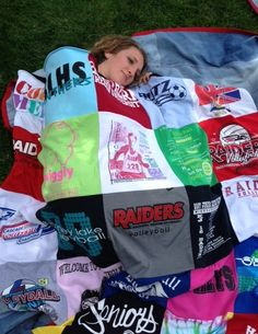 We think a Tshirt blanket may be the most useful and heartwarming gift a new grad can receive! A real story from a Project Repat t-shirt quilt customer
