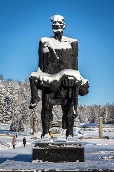 Khatyn Memorial Complex Sculptor: Sergei Selikhanov Completed: Khatyn Belarus (Formerly Soviet Union) Photo Darmon Richter Armenia Azerbaijan, Human Sculpture, Chernobyl, Soviet Union, Eastern Europe, Public Art, Wwii, Statue Of Liberty, Memories