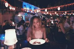 Today isn't my bday but came to my fav restaurant today since I'm blocked tmrw the 1st person who guesses how old I am turning will be tagged in my next photo also I have a giveaway coming up. Stay tuned!❤️ #Disneyland #bluebayou