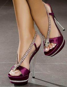 Women's big size shoes sandals 2018 high heels high heels stilettos style retro crystal rhinestone sexy high heels purple satin platform Waterproof peep toe party shoes Lila High Heels, Platform High Heels, High Heels Stilettos, Sexy Heels, Sandals Platform, Stiletto Heels, Black Platform, Peep Toe Heels, Crazy Shoes
