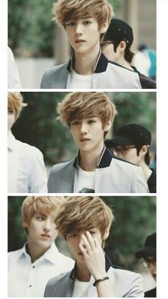 Eh~ probably one of my most fave pics of him, and don't forget handsome Kris in the background.