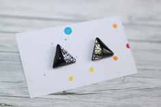 stud earrings, made of polymer clay with resin on the top. It is very light and not fragile. Black Stud Earrings, Polymer Clay, Triangle, Etsy Seller, Resin, Creative, Silver, Top, Crop Shirt