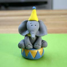 Circus Cake Toppers   Fondant Elephant   Sugarpaste Monkey