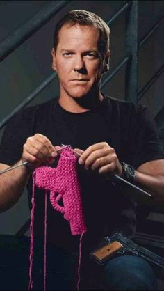 Jack Bauer's downtime...omg I just died..picture fancy and jack knitting together...