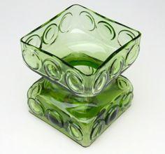 Riihimäen Kehrä 1968 Tamara Aladin Glass Design, Design Art, Jiyong, Art File, Retro, Aladdin, Scandinavian Design, Finland, Decorative Bowls
