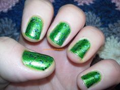 My Nail Polish Is Poppin': Metallic Green & Emerald the Crown Jewel