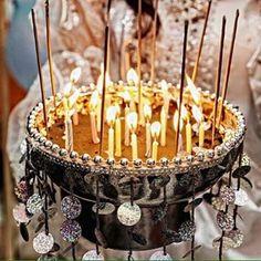 Yüksek yüksek tepelere kız vermesinler☺️ #ekipmarjinalorganizasyon #kinagecesi #kına #kınaorganizasyonu #kutlama #düğün #konseptcekim #profesyonelfotograf #catering #hennanight #henna #wedding #weddingstory #weddingconcept #weddingceremony #eventplanner #event #instawedding #instahenna #picoftheday http://turkrazzi.com/ipost/1515859271236000239/?code=BUJafnPgRnv