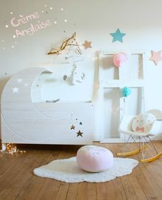 cutest baby bed ever! https://www.facebook.com/creme.anglaise