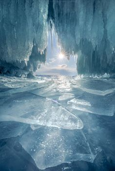 Crystal cave – Miracles from Nature Lago Baikal, Beautiful World, Beautiful Places, Landscape Photography, Nature Photography, Winter Photography, Landscape Photos, Photography Tips, Levitation Photography