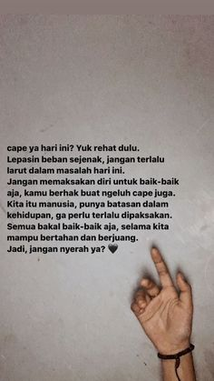 Quotes Rindu, Self Quotes, Tweet Quotes, Mood Quotes, Life Quotes, Quotes Lockscreen, Cinta Quotes, Quotes Galau, Postive Quotes