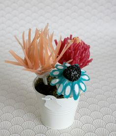 Amazing cake-candy floral arrangements!