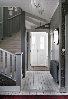 my scandinavian home: The Beautiful House of a Swedish Creative entry with oodles of charm Oval Room Blue, 1920s House, Swedish House, Scandinavian Home, Stairways, Farmhouse Style, Interior Decorating, Sweet Home, New Homes
