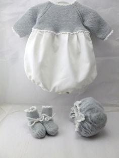 ranita de bebe de primera puesta de viyela y punto de lana gris con capota y cc39e75f9c6