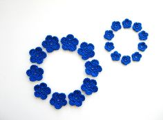 Crochet Flower Appliques Bright Blue Set of 20