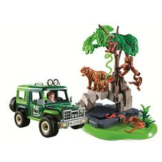 {Madeline} PLAYMOBIL Jungle Animals with Researcher and Off Road Vehicle