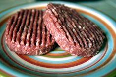 Contaminés par une bactérie E.coli, ces steaks ont été retirés de la vente, a…