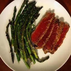 Attempting to eat this again tried earlier and was full from two bites! seared ahi tuna and asparagus #ahi #ahituna #paleo #paleodiet #paleogirl #paleolife #paleostyle #paleoliving #whole30 #whole30meals #whole30living #whole30lifestyle #keto #ketodiet #lchf #lowcarb #healthyfood #healthylifestyle #wls #wlsfood #vsg #vsgfood by yometo