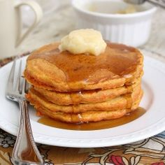 Carrot Cake Pancakes (via Tumblr)