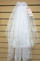 Short First Communion veil with comb