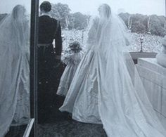 "Memories of Diana's wedding dress - and her ""thank you"" to David ..."