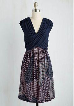 Gilli Inc Keeping the Piece Dress