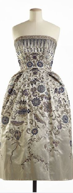 Christian Dior, Palmyre evening gown, Fall 1952