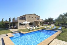 VILLA FONT XICA PETIT is situated next to Font Xica Gran and Benvingut and is conveniently located between the historic old town of Pollensa and the beach and resort of Puerto Pollensa.