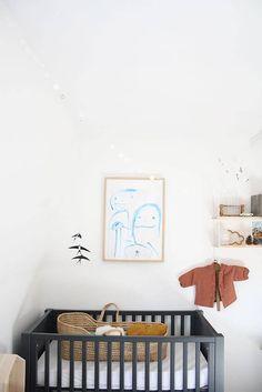 Einfache Inspirationen fürs Babyzimmer. Kinderzimmer einrichten. Wippe, Babybett, Kindermöbel einfach selbst bauen, Nursery