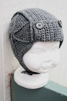 Baby aviator hat. Not many things make me wanna have a boy, buy this sure does.