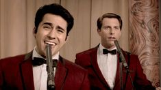 JERSEY BOYS Movie Trailer (Clint Eastwood - 2014) OMG, I loved the movie, but I'm IN LOVE with the trailer itself. I can't count how many times I've watched this thing this week. 07.13.14- 07.19.14