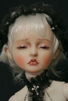 Meïlyne après sa transformation by heliantas, via Flickr
