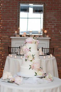 Gorgeous floral wedding cake