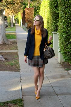 0cbe84e1c97 99 Best Sweaters58 images   Floppy hats, Leather mini skirts, Roll ...