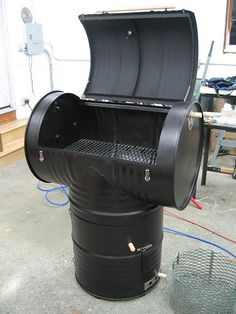 DIY Outdoor Smoker Projects from easy set-up flower clay pot smokers, recycled 55 gallon drum smoker to cedar smoke house. 55 Gallon Drum Smoker, 55 Gallon Steel Drum, Ugly Drum Smoker, Diy Smoker, Barbecue Smoker, Homemade Smoker, Bbq Grill, 55 Gallon Plastic Drum, Plastic Drums