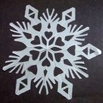 Snowflake printables and instructions at http://www.marcels-kid-crafts.com/snowflake-pattern.html  #christmas #snow #flakes #snowflakes #cut #scissors #make #create #craft #crafty #diy #tutorial
