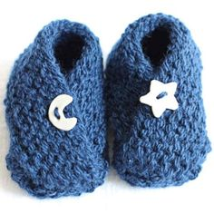 Bitty Baby Booties. Can't wait to try these. The pattern looks really easy.