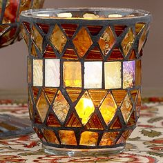 Love mosaics! This is beautiful.