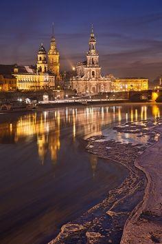 etherealvistas:  Winter In Dresden II (Germany) by Daniel Řeřicha