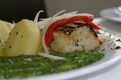 O Poejo Restaurante marvao alentejo Bacalhau com Espargos Verdes, Alentejo, Portugal