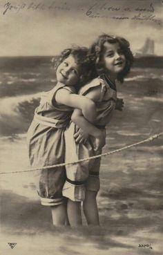 Hanni and Grete