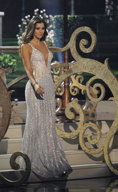 """ Miss Colombia, Paulina Vega, the reigning Miss Universe, is seen earlier during the evening gown portion of the 63rd Annual Miss Universe Pageant in Miami, Florida, January 25, 2015. """
