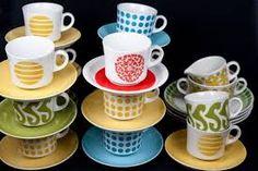Kuvahaun tulos haulle vanha arabian kahvikuppi Vintage Cups, Retro Vintage, Kitchenware, Tableware, Lassi, Marimekko, Scandinavian Style, Finland, Serving Bowls