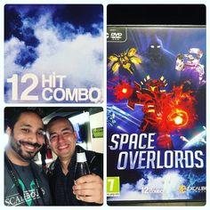 Junto a Edwin Vargas de 12 Hit Combo de #colombia  presentando su #videojuego SPACE OVERLORDS para PC  #latinosingaming #GDC16 #gaming #gamers