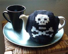 Free knitting pattern for Algormortis Skull and Crossbones Tea Pot Cozy Tea Cosy Knitting Pattern, Mittens Pattern, Baby Knitting Patterns, Baby Patterns, Scarf Patterns, Finger Knitting, Free Knitting, Halloween Knitting, Halloween Crafts