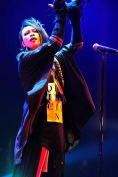 MUCC×AKiツアー「M.A.D」先輩Kenとのコラボも飛び出した初日公演(画像 8/11) - 音楽ナタリー