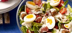 Turn the classic Caesar salad into a healthy, filling meal with slices of bacon, chicken, eggs and crunchy croutons. Does need dressing! Healthy Filling Meals, Healthy Eating Recipes, Cooking Recipes, Healthy Food, Slimming World Salads, Easy Slimming World Recipes, Crouton Recipes, Classic Caesar Salad, Sw Meals