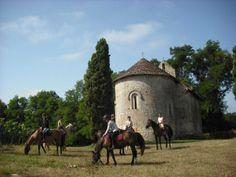 Une nuit amateur d'équitation, j'offre: http://www.web-commercant.fr/cheques/hebergement/cravenceres-32110/relais-du-haget/710-une-nuit-amateur-d-equitation