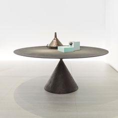 Table - Clay - Dark - Desalto