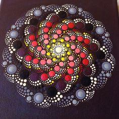 Mandala, arte aborigen, pequeña pintura, pintura acrílica sobre lienzo.  Tamaño de la pintura es 20 x 20 cm.  Mi arte será empaquetado cuidadosamente para asegurarse de pintura le llegue en perfectas condiciones.  Te enviaré la imagen con el correo aéreo de prioridad que significa deben llegar dentro de 5-7 empresa de envío